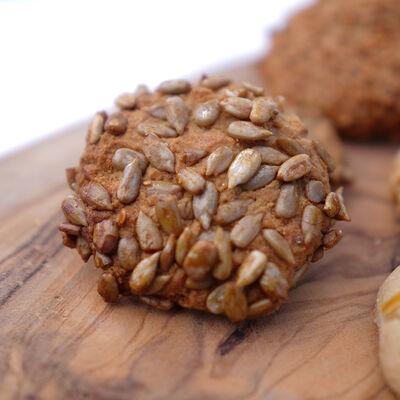 Assorted Sweet Cookies , 20.8oz - 590g