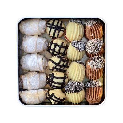 Classic Assorted Sweet Cookies , 18 pieces - 12.49oz - 250g