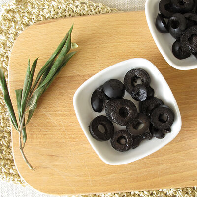 Fora Sliced Black Olives , 5.6oz - 160g