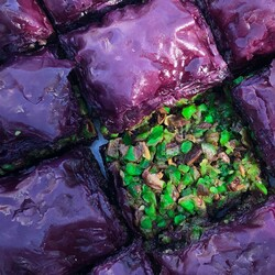 Handmade Blackberry Pistachio Baklava , 12 pieces - 1.1lb - 500g - Thumbnail