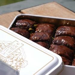 Handmade Chocolate Pistachio Baklava , 16 pieces - 1.1lb - 500g - Thumbnail