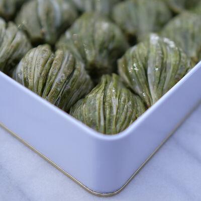 Handmade Green Mussel Baklava , 35.2oz - 1000g