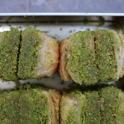 Handmade Pistachio Dry Baklava , 2.2lb - 1kg