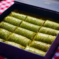 Handmade Pistachio Rolled Baklava , 18 pieces - 1.1lb - 500g - Thumbnail