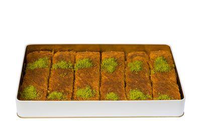 Handmade Pistachio Twisted Kadaif , 6 pieces - 2.2lb - 1kg