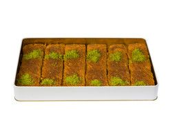 Handmade Pistachio Twisted Kadaif , 6 pieces - 2.2lb - 1kg - Thumbnail