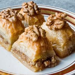 Handmade Walnut Baklava , 24 pieces - 2.2lb - 1kg - Thumbnail