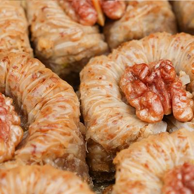 Handmade Walnut Sultan Baklava , 1.1lb - 500g