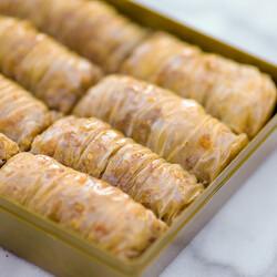 Handmade Walnut Twisted Baklava , 27.8oz - 790g - Thumbnail