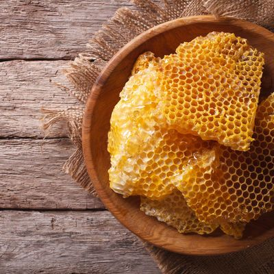 Natural Karakovan Honeycomb , 2.75lb - 1.25kg