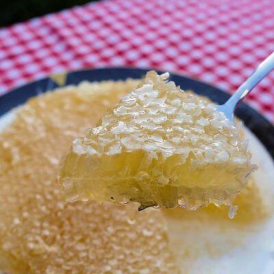 Natural Karakovan Honeycomb , 2.75lb - 1.25kg