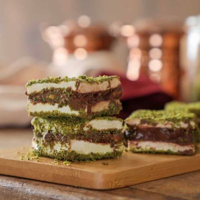 Pistachio Coated Chocolate Filled Turkish Delight , 8.80oz - 250g