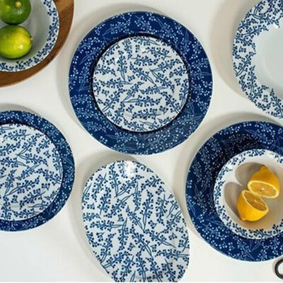 Nifty Dinneware Set , Service for 6 , 32 Pieces