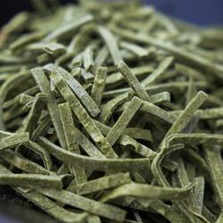 Spinach Flavored Turkish Noodle Erişte , 1.1lb - 500g - Thumbnail